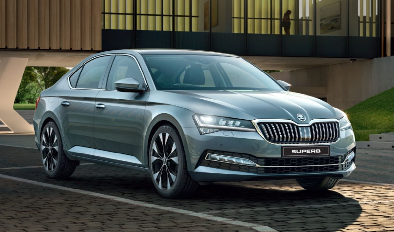 Skoda Superb Sportline At Price Specs And Features Jmd Skoda